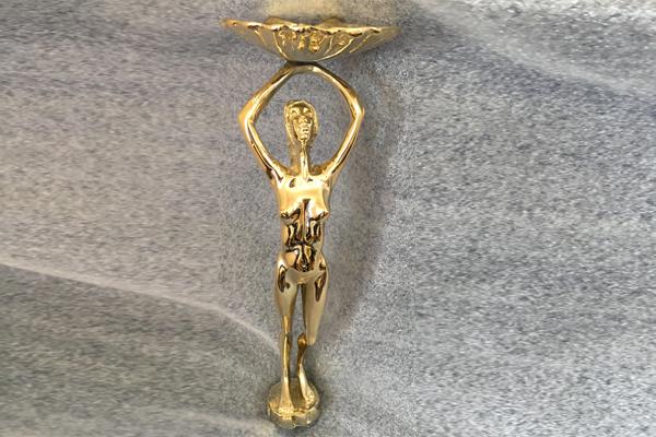 statue600